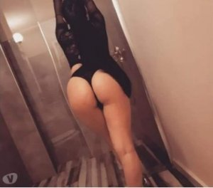 Nyla escort girl Naugatuck